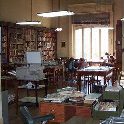 "Biblioteca Popular de Azul ""Bartolomé J. Ronco"""