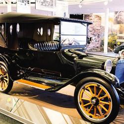 """""""Clásicos y Antiguos de Dodge"""" en el Museo Hermanos Emiliozzi"""