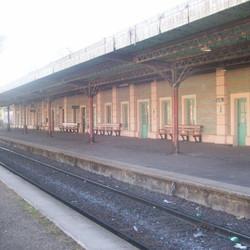 Estación de Ferrocarril Ferrobaires