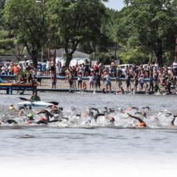 Lanzamiento del 2º y 3º Triatlón Olímpico de Azul
