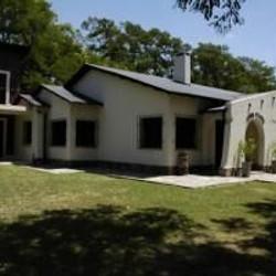 """Cabañas y Hotel Rural """"Loma Pampa"""""""