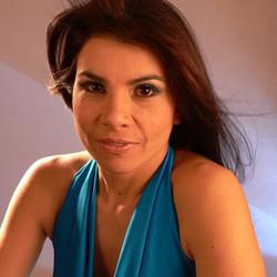 Sonia Vega presenta su disco en el Teatro Municipal
