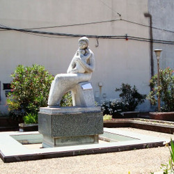Monumento a la Madre - Adolfo Pérez Esquivel
