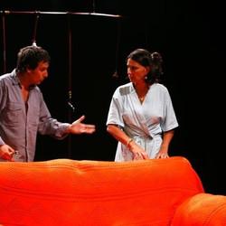 Otoño Azul 2011: Uruguay propone una comedia que habla de invasiones domésticas y carencias del alma