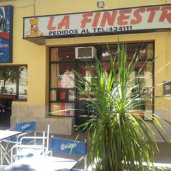"""Pizzería """"La Finestra"""""""