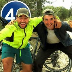 Dos tandilenses cuentan su experiencia de viajar 20000 km a través de Europa y África en bicicleta