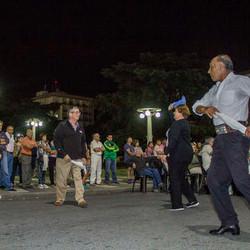 Folclore en la calle para festejar el 25 de Mayo