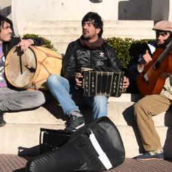 """""""Agayudos"""" llega al Español con un espectáculo de tango, folclore y candombe"""