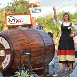 Amar Azul cierra la 9º Kreppelfest en Colonia Hinojo